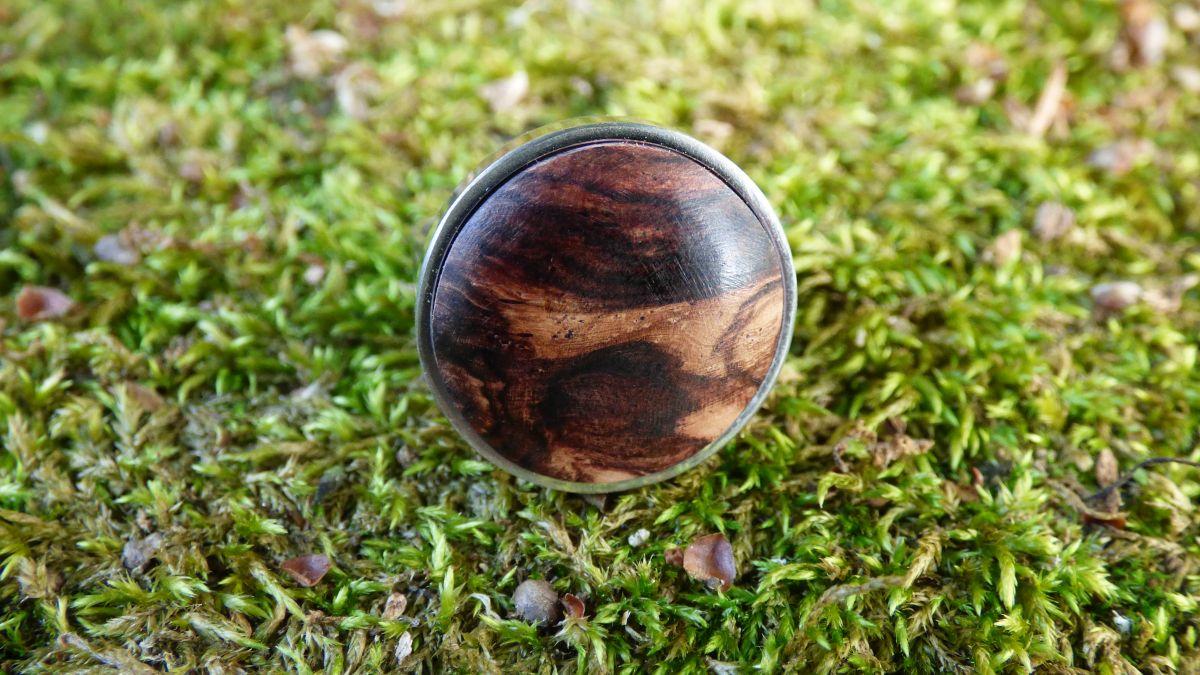 Bague réglable en acier inox avec cabochon en bois