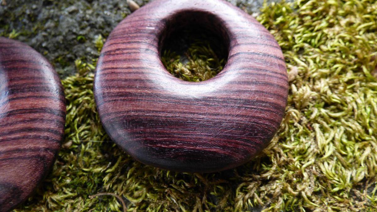 Boucles d'oreilles en bois de violette