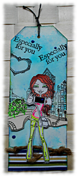 Littérature et marque-pages pour adolescent façon mixed medias bleu vert noir scène sur les quais