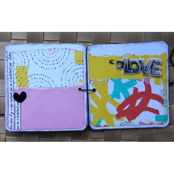 "Mini album Amoureux ""I Love You"" imprimés flashy bleu orange jaune rose noir"