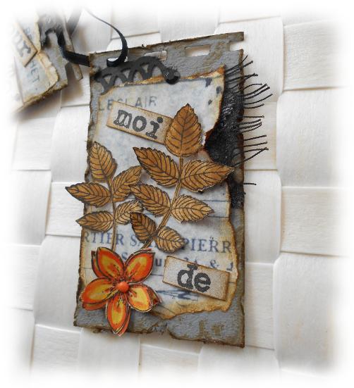 """Minis cartes en duo scrapées altérées, rétro, sur fond gris et fleur orange """"Pour toi de moi"""""""