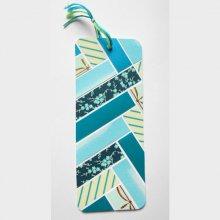 Onglet, signet, scrappé bleu-vert, fleuri, brillant doré et reflets nacrés voilà un marque-pages de fin d'année