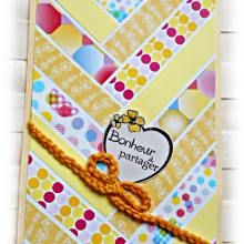 "Carte scrapbooking faite mains type chevrons ""Bouton d'or"" citron jaune moutarde"