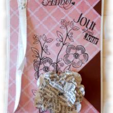 Carte pour Aimer jour après jour et offrir du bonheur aux couleurs tendres vieux rose marron