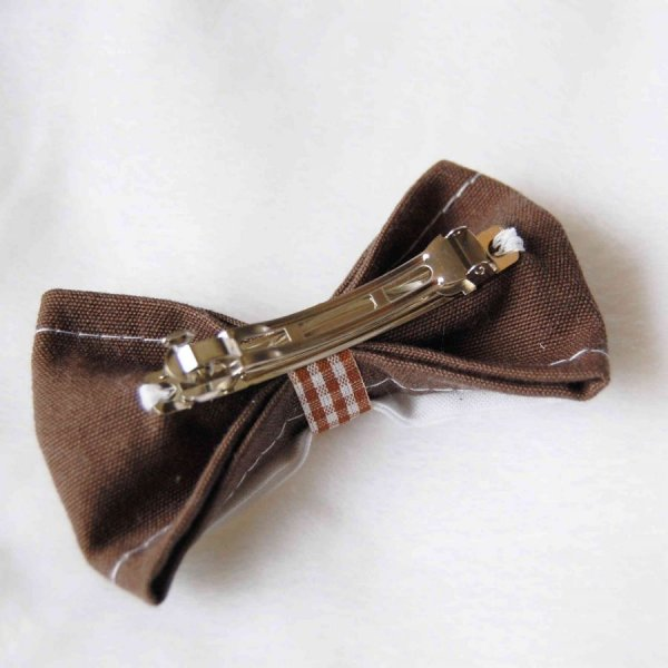 Barrette double noeud marron blanc avec bande vichy marron