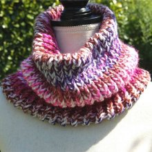 snood rose vif multicouleur