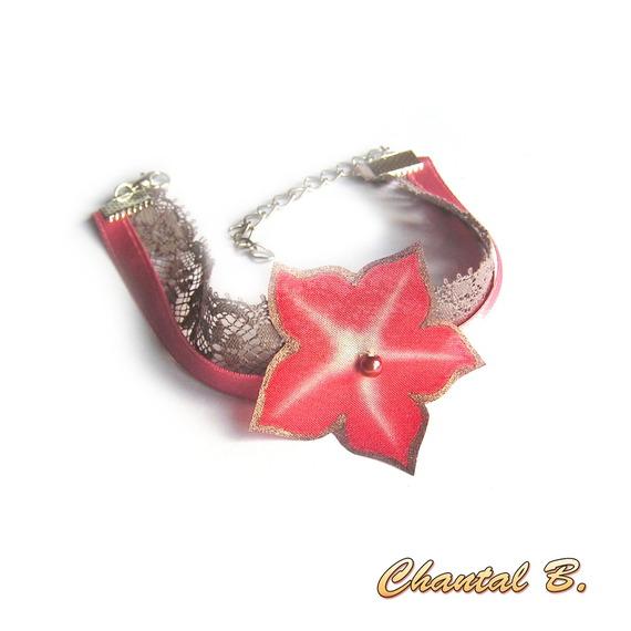 Bracelet adaptable en bandeau sur commande dentelle taupe satin et sa fleur soie rose saumon peinte
