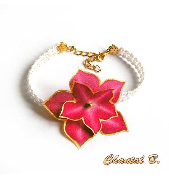 Bracelet blanc dentelle guipure et sa fleur soie bordeaux peinte main