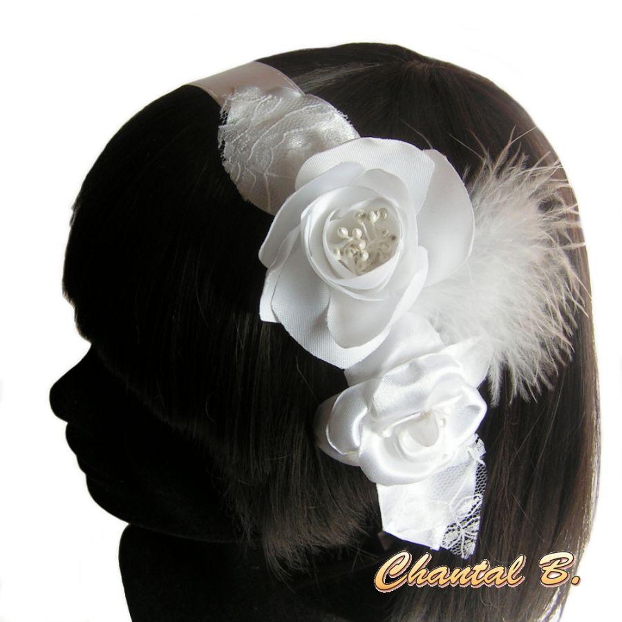 bandeau de cheveux cérémonie mariage blanc fleurs de satin dentelle plumes