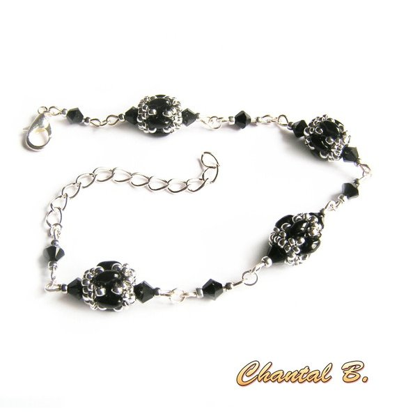 bracelet cristal swarovski perles de verre noir brillant et argent tissées