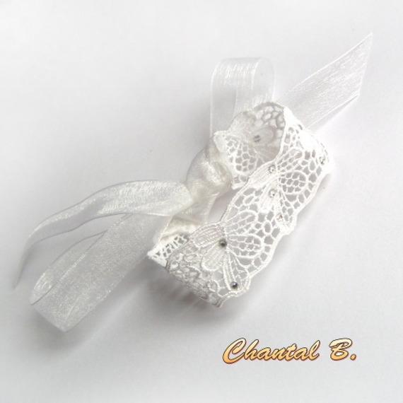 bracelet dentelle guipure blanche accessoire mariage romantique