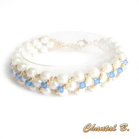 bracelet tissé perles blanches nacrées swarovski bleu saphir et or mariage