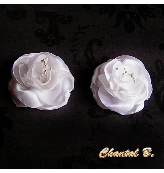 clips chaussures mariage fleur satin blanc et pistils blancs accessoire mariage cérémonie soirée