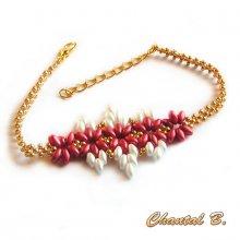 bracelet perlé corail blanc et doré
