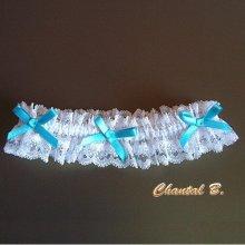 jarretière mariage blanche et bleu dentelle blanche et strass noeuds satin bleu Céleste vintage romantique