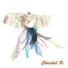 jarretière mariage dentelle ivoire plume de paon et fleur de satin