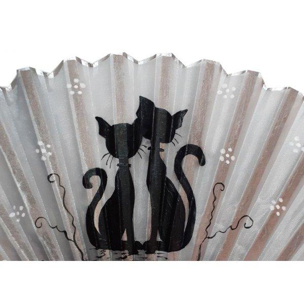 """Eventail en soie dessiné et peint à la main """"Silver Cat"""""""