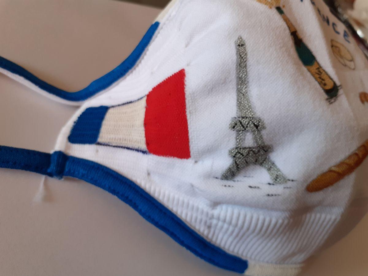 Masque réutilisable entiérement peint à la main, Ergonomique, ultraléger et se lave facilement
