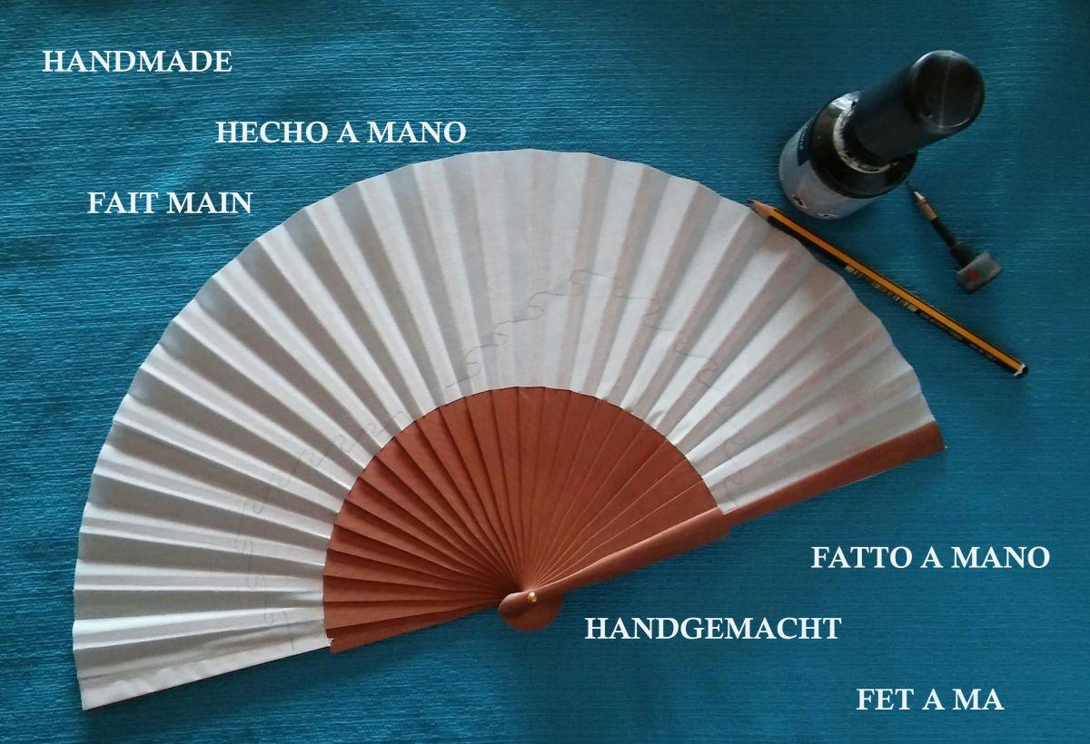 """Nouvelle collection 2020, Eventail pour homme en coton  peint à la main. """"Moto tour"""""""