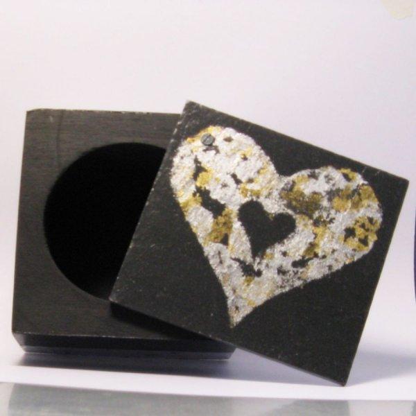 Petite Boite Carrée en Bois et Ardoise au motif Coeur, Création Unique et originale