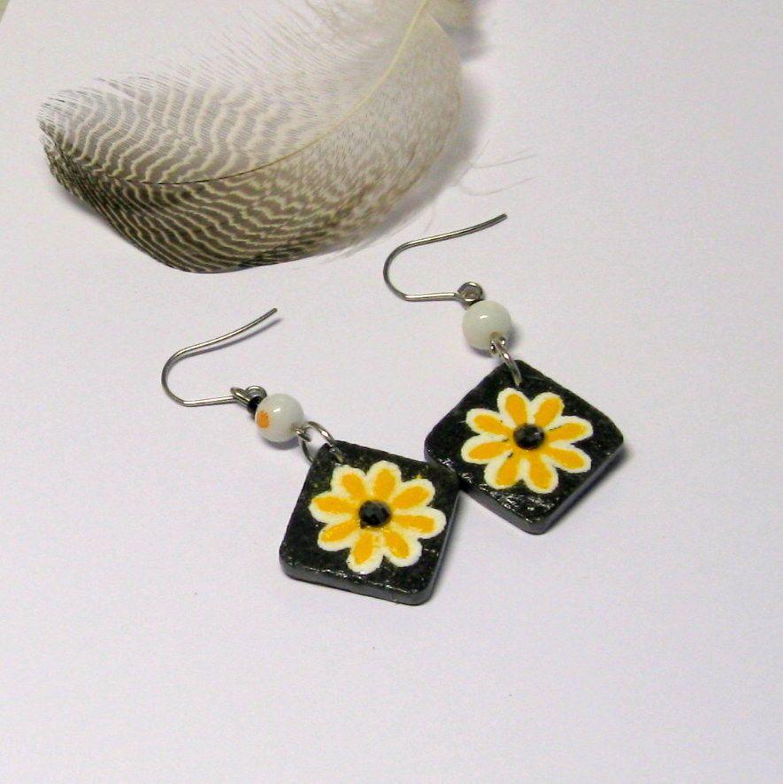 boucles d'oreille fleur émaillée sur ardoise, création artisanale