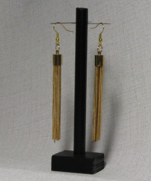 boucles d'oreille longues pompon doré