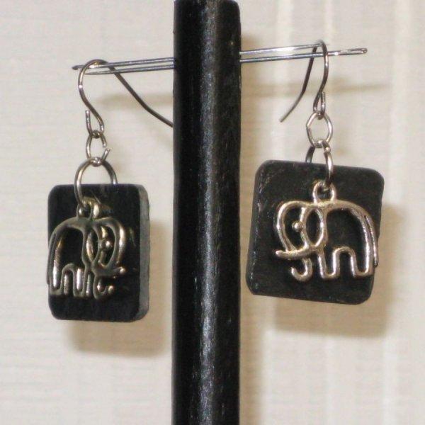 boucles d'oreille éléphant sur ardoise, création fait main