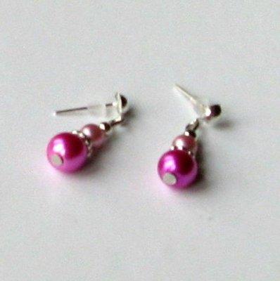 boucles d'oreille puce nacrée fuchsia et rose pâle