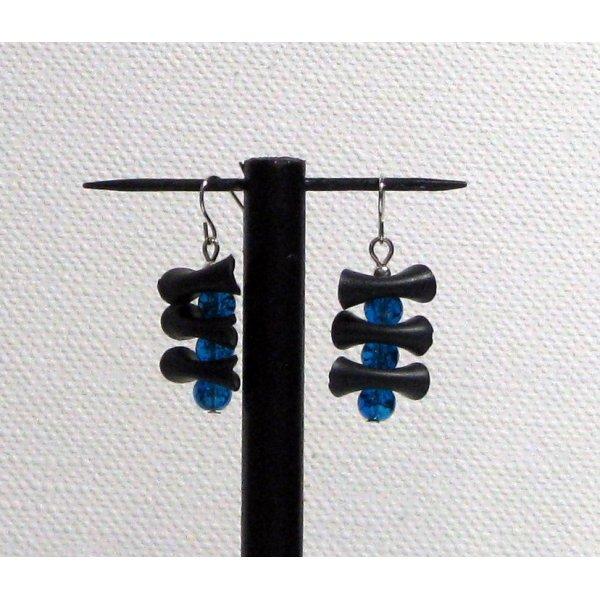 Boucles d'oreille silicone noir et perles bleu foncé pour oreilles percées