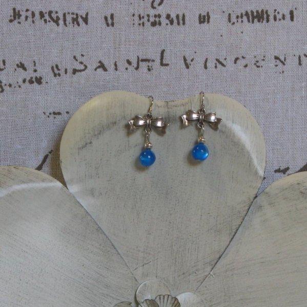 Boucles d'Oreilles bleu, création unique