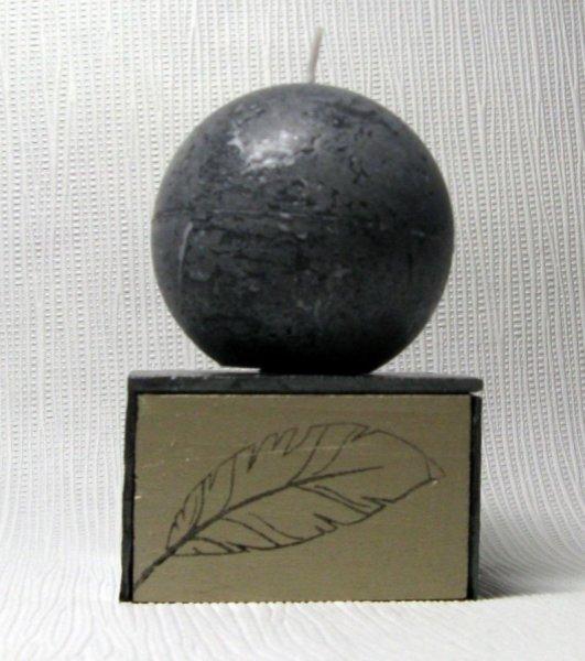 bougeoir ardoise et bois motifs plume noir et or
