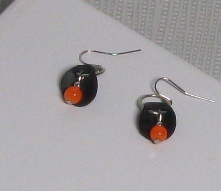 boules d'oreille modernes perles orange silicone noir