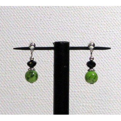 boules d'oreille vert anis et noir oreilles percées