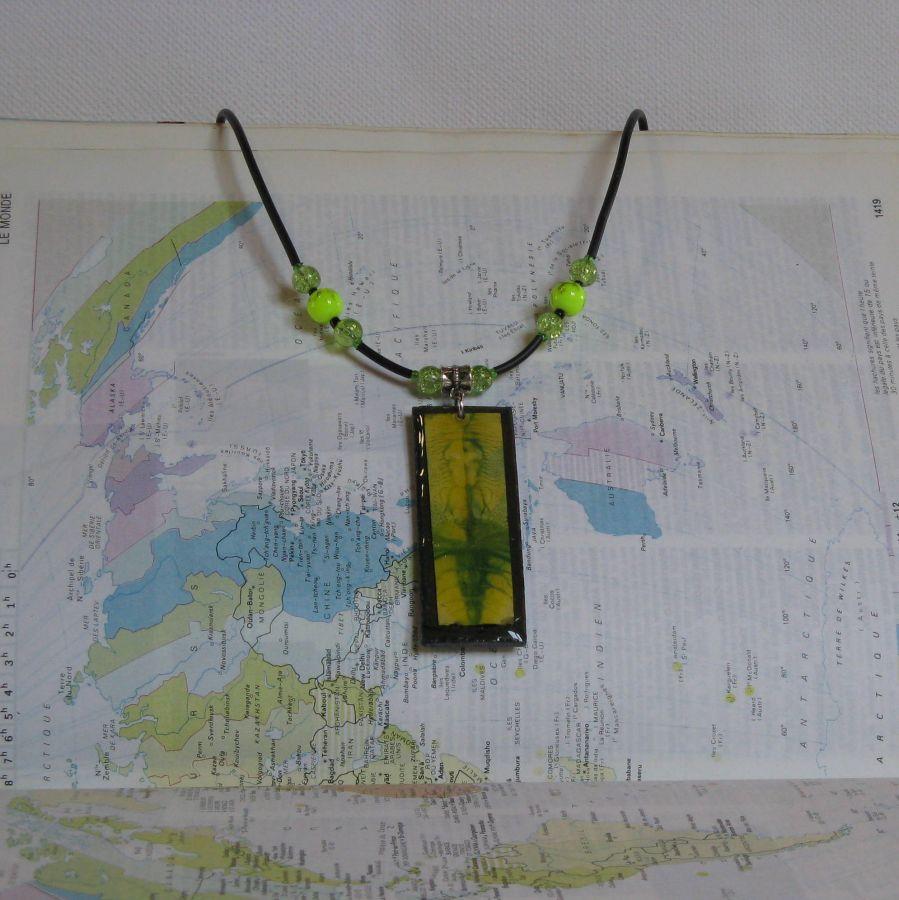 Collier Pendentif en Ardoise pour Femme Jaune et Vert , Motif Unique, Création Artisanale