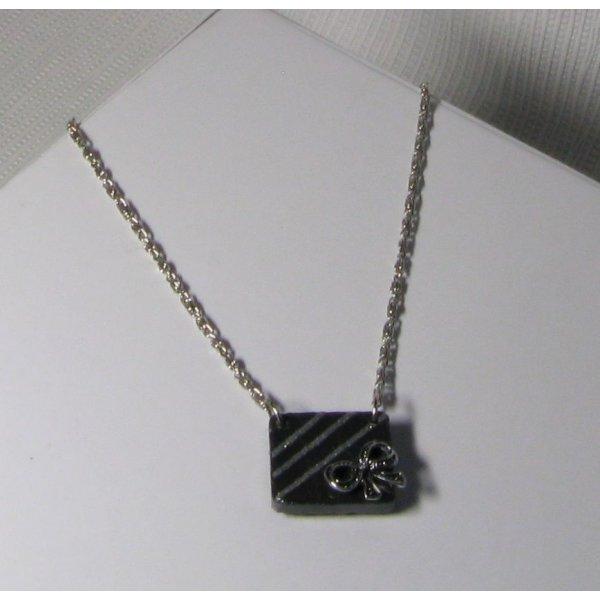 collier pendentif noeud argt sur ardoise montage chaine