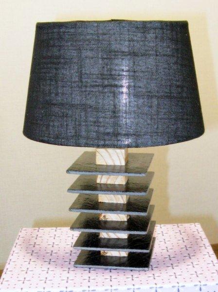 Lampe en ardoise et bois, création artisanale