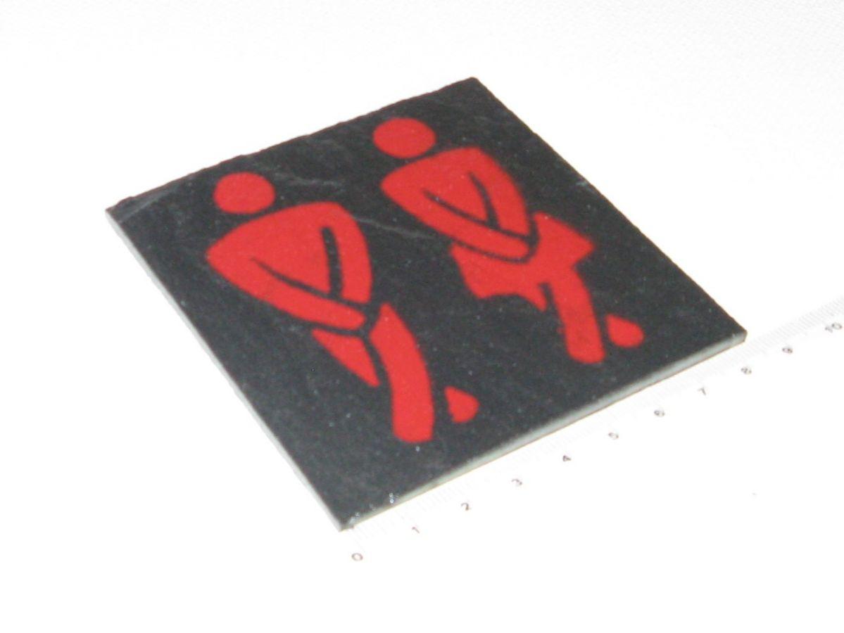 Plaque de Porte Toilettes en Ardoise Emaillée Rouge, Pose sans Trou, Création Originale