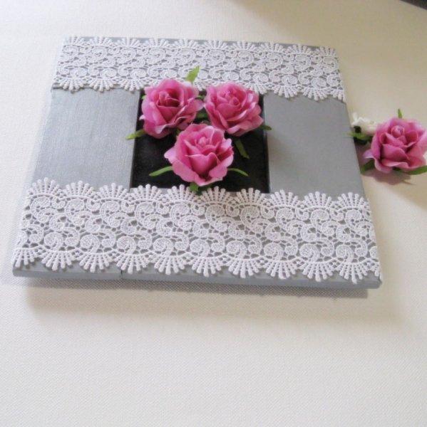 Tableau Floral Style Shabby Chic en Bois Recyclé et Ardoise, Création Unique