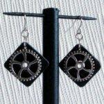 boucles d'oreille pendant style steampunk en ardoise pour oreilles percées