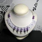 Collier ras-du-cou style shabby chic en dentelle et perles nacrées