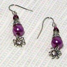 boucles d'oreille perle nacrée vieux rose style romantique