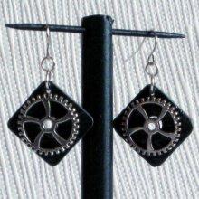 Boucles d'oreille pour Femme en Ardoise style steampunk  pour oreilles percées, Création Unique
