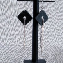 boucles d'oreille modernes en ardoise et chaine pour oreilles percées fait main