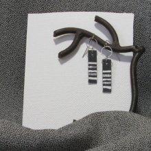 Petites Boucles d'oreille pour Femme Et Ado en Ardoise Emaillée Blanc et Argent, Création Artisanale