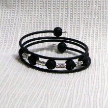 manchette bracelet style rock noir et métal argenté