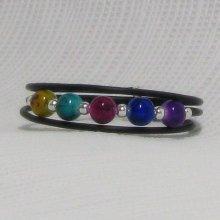 bracelet manchette multicolore sur pvc noir