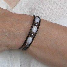 bracelet manchette trois rangs perles grises et argentées