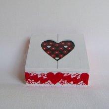 Boite Coeur en Bois et Ardoise Emaillée Rouge et Blanc, Objet Unique