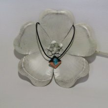 Pendentif pour Femme en Ardoise de couleur Bronze et Turquoise sur cordon de Cuir, Création Artisanale