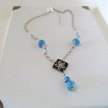 Sautoir Fantaisie Femme en Ardoise et Perles Bleu et Blanc sur Grosse Chaine Argentée, Création unique
